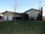 1606 Apache Hastings NE, 68901