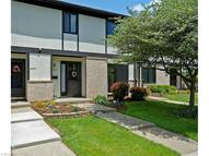 16259 Heather Ln Unit: E1 Middleburg Heights OH, 44130