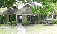 2623 Seedling Ln Dallas TX, 75287
