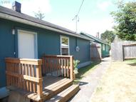 948 S 8th Coos Bay OR, 97420