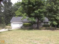 27 Oakland Ct Gay GA, 30218