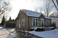 881 7th St Menasha WI, 54952