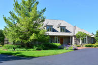 4119 W Stonefield Rd Mequon WI, 53092