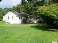 146 Bellport Ave Medford NY, 11763