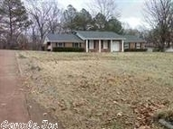 446 N 10th Street West Helena AR, 72390