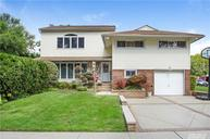 1423 Rose Ln East Meadow NY, 11554