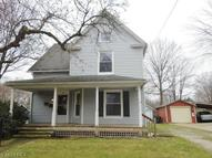 142 Beck St Wadsworth OH, 44281