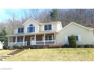838 Green Dr Coshocton OH, 43812