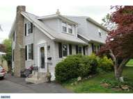 301 Maple Ave Glenside PA, 19038