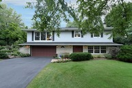 5 Stone Haven Drive Hawthorn Woods IL, 60047