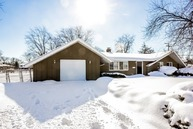 1531 West Weathersfield Way Schaumburg IL, 60193