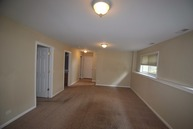 5096 Maplehill Dr Mchenry IL, 60050