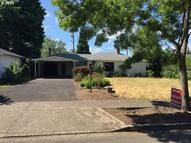 1161 L St Springfield OR, 97477