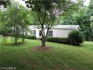 1025 Cliff View King NC, 27021