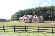 137 Honeybear Hill Lewisburg WV, 24901