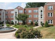 7739 Kingsbury Unit: 22 Saint Louis MO, 63105