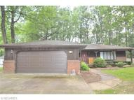 9016 Altura Dr Northeast Warren OH, 44484
