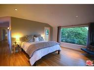 1325 Londonderry Place West Hollywood CA, 90069