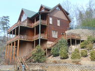 1531 Trappers Ridge Lane Sevierville TN, 37862