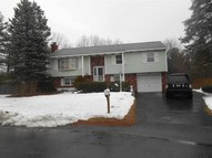 9 North Ct Colonie NY, 12205