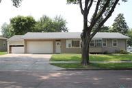 601 S Annway Dr Sioux Falls SD, 57103