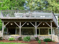 203 Manor Rd Southbury CT, 06488