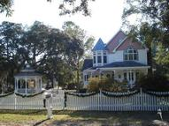 310 East 8th St Southport NC, 28461