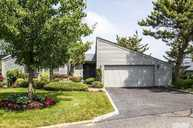 28 Harbour Dr Blue Point NY, 11715