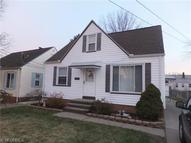 6215 Traymore Ave Brooklyn OH, 44144