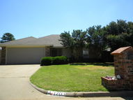 1203 Lisa Lane Burkburnett TX, 76354