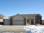 3804 S Orchid Ave Sioux Falls SD, 57110