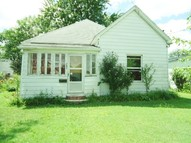 707 N Victor Christopher IL, 62822