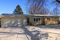 1204 Thresher Dr Dell Rapids SD, 57022