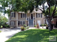 5205 Ave R 1/2 Galveston TX, 77551