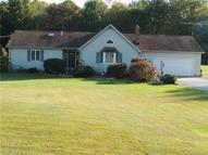 5497 Warren Burton Rd (Us 422) Southington OH, 44470