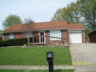 1532 Briarwood Dr Clarksville IN, 47129