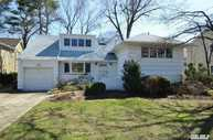 26 Bengeyfield Dr East Williston NY, 11596