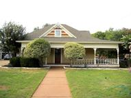 404 W Bridge Street Granbury TX, 76048