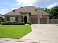 310 La Villa Circle Youngsville LA, 70592