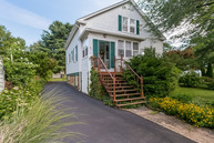 41 Brennan St East Haven CT, 06513
