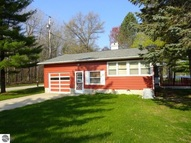 2380 E Huckleberry Trail Farwell MI, 48622