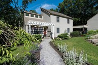 3 Mansewood Road Old Lyme CT, 06371