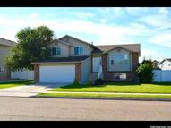 122 E 2225 S Clearfield UT, 84015