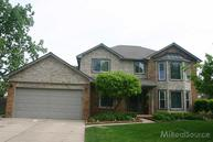 13761 Pernell Sterling Heights MI, 48313