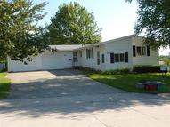 1537 Rainbow Dr Belle Plaine IA, 52208