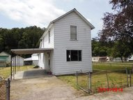 269 North River Street Auxier KY, 41602