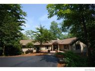 46 Urbanna Creek Court Saluda VA, 23149