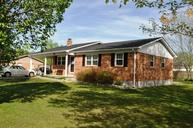 77 Eastview Dr Stanton KY, 40380