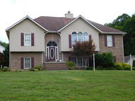 302 Picadilly Court Middlesboro KY, 40965
