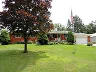 2259 Carriage Hill Dr Bellefontaine OH, 43311